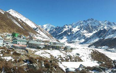 Langtang Kyanjing Gompa Trekking