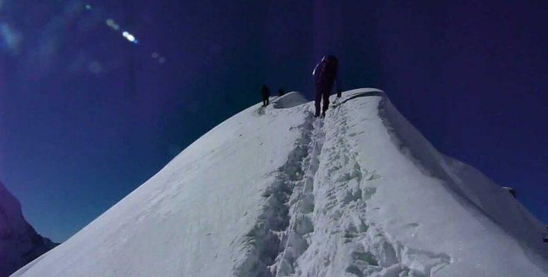 Tent or Tharpu Peak Climbing